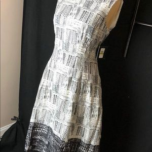 ELLEN TRACY black and white dress